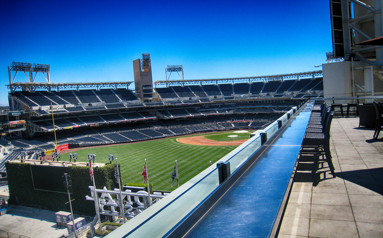 The Legend - 325 7th Ave #1901, San Diego, CA 92101 (Catch a game or concert at the 7th floor's Ball Park view terrace)