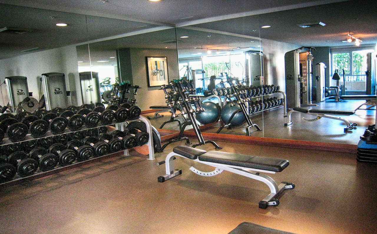 The Legend - 325 7th Ave #1901, San Diego, CA 92101 (Lift some weights)