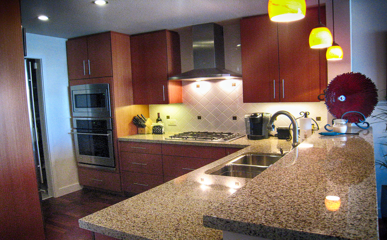 The Legend - 325 7th Ave #1901, San Diego, CA 92101 (Kitchen)