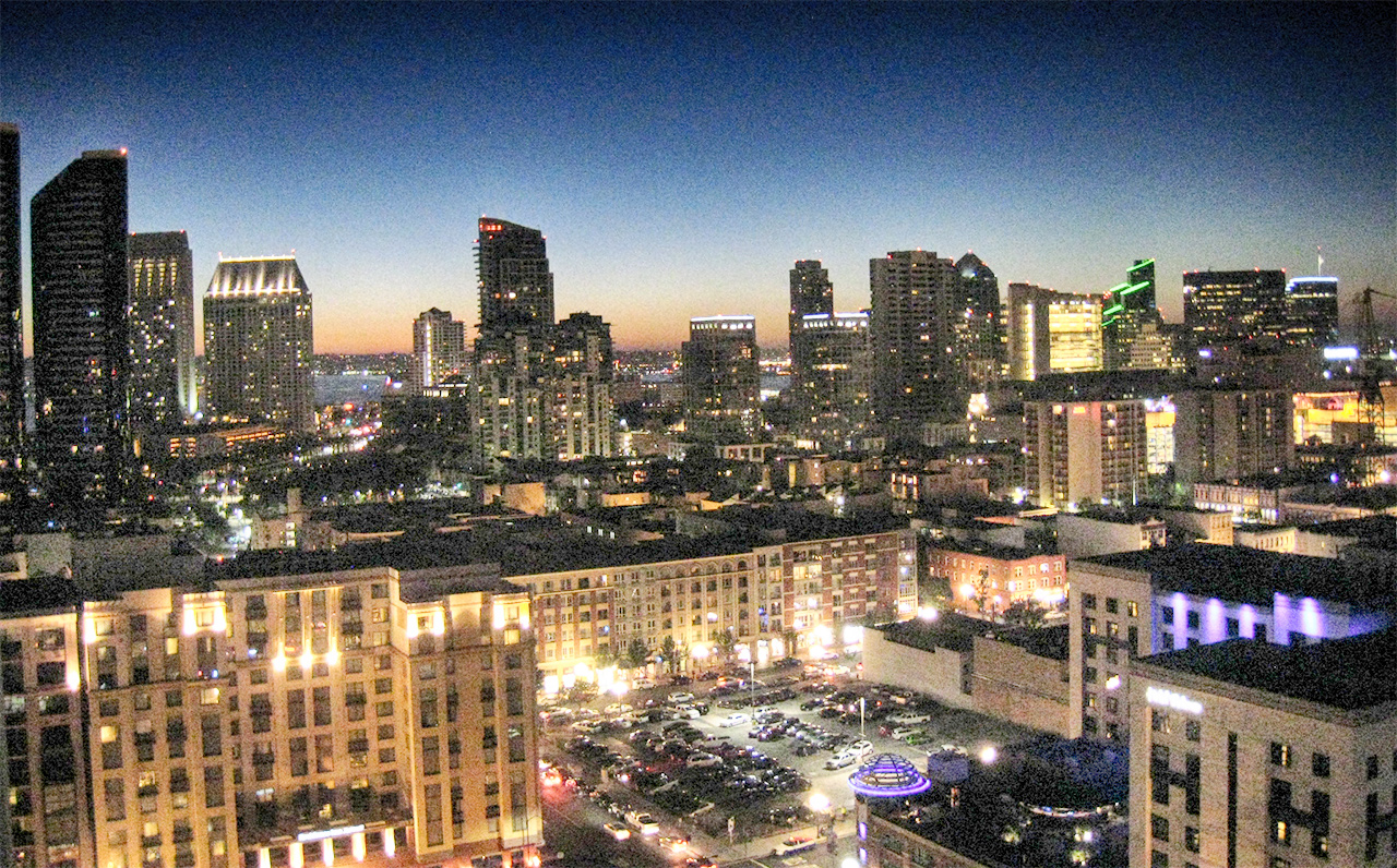 The Legend - 325 7th Ave #1901, San Diego, CA 92101 (City lights view after the sunset!)