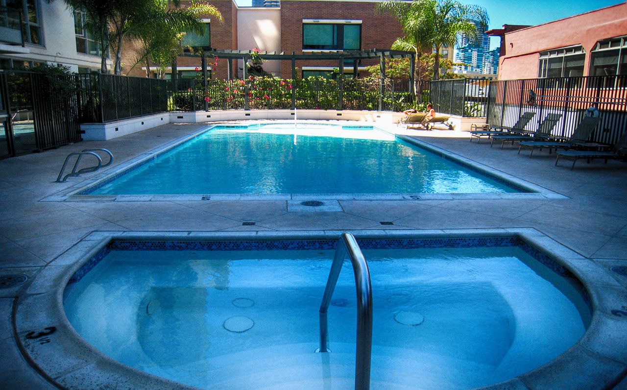 The Legend - 325 7th Ave #1901, San Diego, CA 92101 (Relax at the 2nd floor's pool or spa)