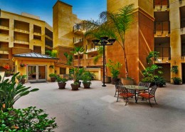 Crown Bay Condos San Diego - Courtyard