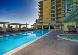 Discovery Condos San Diego - Pool & Spa