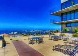 Doma Lofts San Diego - Rooftop Sundeck BBQ area