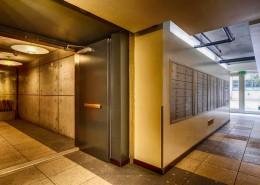 Fahrenheit Condos San Diego - Entry Lobby