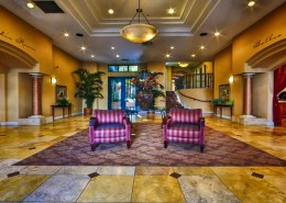 Laurel Bay Condos San Diego - Lobby