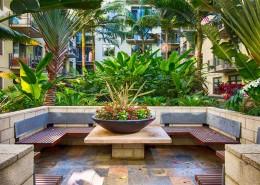 M2i Condos San Diego - Courtyard