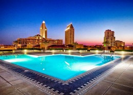 Meridian Condos San Diego - Plaza level pool