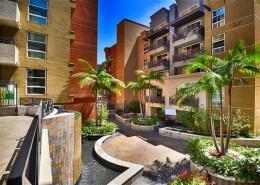 Park Blvd West Condos San Diego - Courtyard