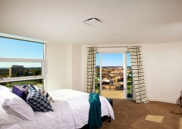 Park One San Diego - Second Master Suite with Balcony