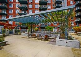 Parkloft San Diego Condos - Courtyard