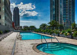 Sapphire Tower Condos San Diego - Pool & Spa