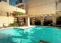 Symphony Terrace San Diego - Pool