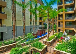 Union Square Condos San Diego - Outdoor Gardens